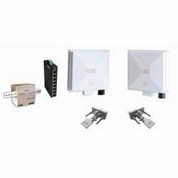 Ethernet sans fil système point à point Kit, avec le système Ethernet sans fil WES2HT-KT, 8 Port PoE industriel + interrupteur et alimentation