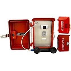 Téléphone résistant aux intempéries avec clavier de numérotation standard. Conçu pour des conditions météorologiques difficiles & espaces intérieurs nécessitant une protection supplémentaire.