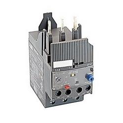 3 pole electronic overload relay with 15-45 amp setting range