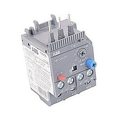 3 pole thermal overload relay with 5.7-7.6 amp setting range