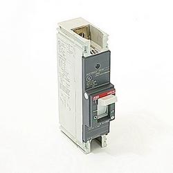 pôle 1, 250 a évalué à 240V AC et DC 125V, voyage point fixé moulé disjoncteur boîtier, avec un dispositif de déclenchement magnétique thermique et 14kA à 240V AC et 10kA au courant nominal de 125V DC interruption