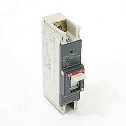pôle 1, 150 a évalué à 240V AC et DC 125V, voyage point fixé moulé disjoncteur boîtier, avec un dispositif de déclenchement magnétique thermique et 14kA à 240V AC et 10kA au courant nominal de 125V DC interruption