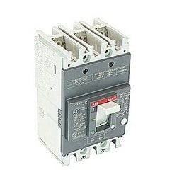 3 pole, 15 amps rated at 240V AC and 250V DC, fixed trip point molded case circuit breaker, with a thermal magnetic trip device and 25kA at 240V AC and 10kA at 250V DC interrupt current rating