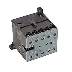 3 pole, plus 1 NO auxiliary contact, 12 amp, non-reversing miniature contactor, 12V DC coil and screw terminals