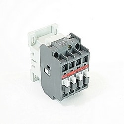 3 pole, 30 amp, non-reversing across the line contactor with 600V AC coil and 1 NO auxiliary contact