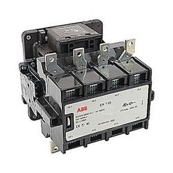 4 pole, 200 ampères, à travers le contacteur de ligne avec 120 volts bobine et 1 n'et 1 contacts auxiliaires NC