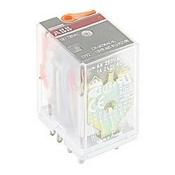 Relais de commande du plugin avec 230 V AC Note : tension d'alimentation de commande, contacts SPDT (4 c/o), avec indicateur LED et 250 V, 6 A contacter cote