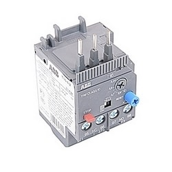 3 pole thermal overload relay with 3.1-4.1 amp setting range