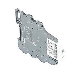 R500, 5,08 mm de large, module d'optocoupleur 5 V DC avec vis serrer les connexions et un 30 milliampères semiconducteurs de puissance nominale