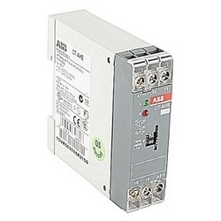 Timer with 24V AC/DC rated control supply voltage, timing range of 3-300 s, a control input, and 1 SPDT (c/o) output contact