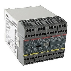 Safety PLC with 24 failsafe inputs plus 15 non-failsafe outputs/failsafe inputs, 4 individual failsafe relay outputs, and 2 individually failsafe transistor outputs. For use with Pluto safe bus and/or a Pluto Safety databus.
