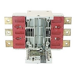 3 pole with extended front terminal draw out kit for use on T6 circuit breakers
