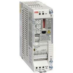 Composant lecteur, triphasé, 110 V AC en, 200 V AC OUT, 0,5HP, filtre CEM