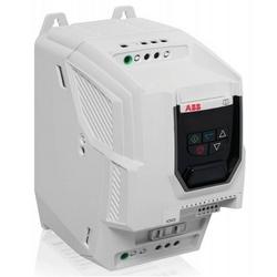 Fréquence Variable Micro Drive, entrée de Phase trois, 600 V AC, 5 HP, NEMA 0 (IP20), montage sur panneau, P2 FRAME
