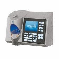 """4G V-Station Extreme(TM) 500 dpi Lumidigm Vénus capteur optique, sans fil, lecteur HID Prox, 3,5"""" QVGA couleur écran LCD, enceintes, clavier rétro-éclairé, porte intégrée relais, touches de fonction programmables"""