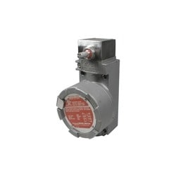 Hazardous Location Switch: Non Plug-In Housing, Side Rotary (Momentary, Low PT And DT), 2NC 2NO SPDT Snap Action, 0.75in - 14NPT Conduit, And 316L Stainless Steel Housing
