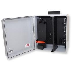 Centre de distribution environnementale, peut contenir deux panneaux de connecteurs CCH