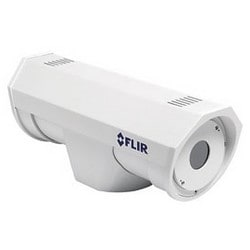 Caméra de sécurité, NTSC, jour, H.264/MJPEG/MPEG4, résolution de 320 x 240, objectif automatique 30,38 MM F1.3, 24 VCA/CC, PoE, aluminium