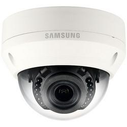 Réseau de caméra, anti-vandalisme, dôme IR, HD, 32 GB, 5,8 Watt, PoE, résolution de 1280 x 1024, jour/nuit, F1,4 varifocale/DC 2,8 à 12 MM auto-iris, H.264/MJPEG