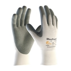 MaxiFoam, 15G White Nylon Shell, Gray. Foam Nitrile Coating, XXS