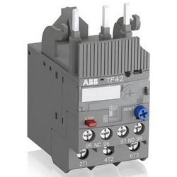 Relais de surcharge thermique, 600 volts AC/DC auxiliaire, 690 Volt AC à Main Hertz 50/60, 38 a, 3 pôles, 1Aucune des-1NC, 45 MM largeur x profondeur MM 70,5 x 88,3 MM hauteur