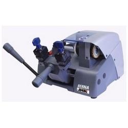 Key Duplicating Machine, 220 Volt, 1.7 Ampere, 50 Hertz, 0.18 Kilowatt, 1350 RPM, 340 MM Width x 435 MM Depth x 243 MM Height, Height Speed Steel Cutter