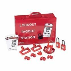Puissance et panneau Distribution Lockout Kit With components, rouge