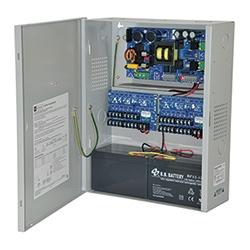 Power Supply/Charger avec alarme incendie Disconnect - 24 V DC @ 10 amp max. Seize (16) sorties fusionnées et un (1) auxiliaire puissance de sortie