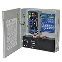 Power Supply/Charger avec alarme incendie débrancher - 12 V DC ou 24 V DC @ 6 amp max. Seize (16) sorties fusionnées et un (1) auxiliaire puissance de sortie